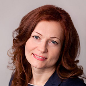 Prelegentka dr hab. Beata Pięta