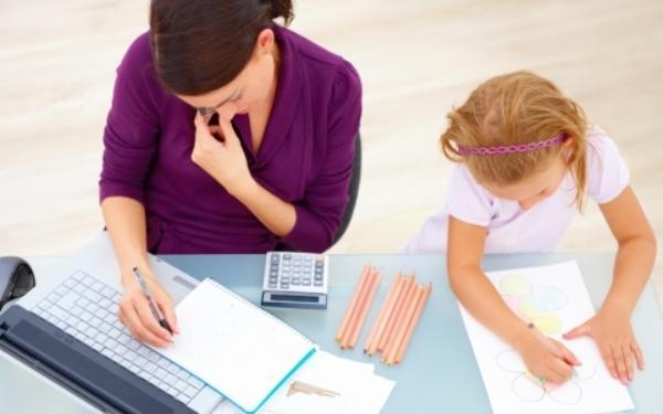 Jak poradzić sobie z dzieckiem, które ciągle przebywa w domu